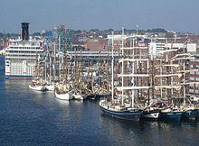 Kiel - Hafen mit Segelschiffen