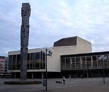 Ludwigshafen Pfalzsäule und Pfalzbau
