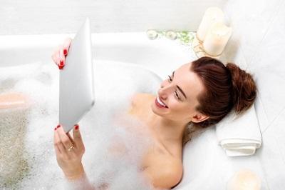 Das smarte badezimmer for Tablett badewanne