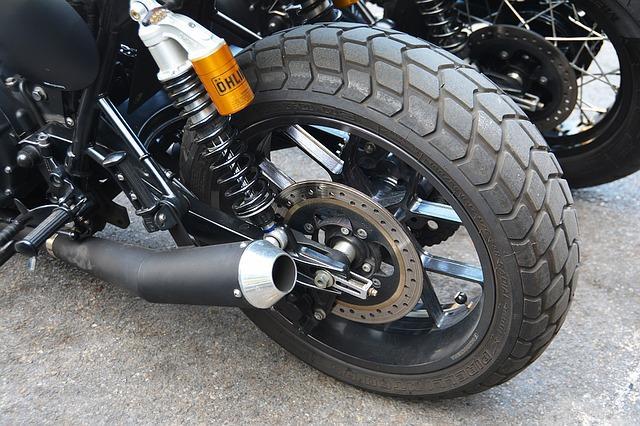 motorradreifen reifenpflege ist das a und o. Black Bedroom Furniture Sets. Home Design Ideas