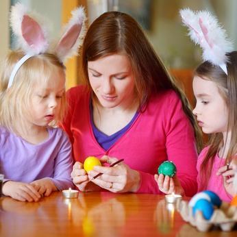 Das osterei herkunft br uche und dekorationen - Eier kochen ohne anstechen ...