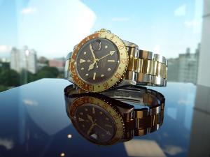 Bild Goldene Rolex Uhr Statussymbol Mann
