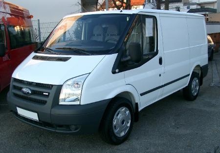 Ford_Transit_front