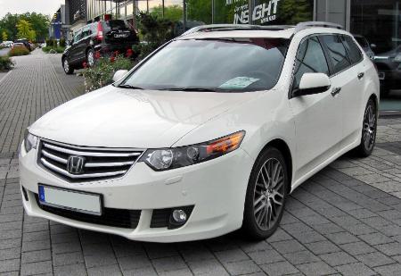 Honda_Accord_VIII_Tourer_front