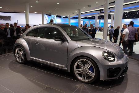 Silver_VW_Beetle_R_fr_IAA_2011