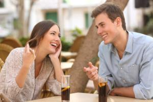 Flirten wegschauen