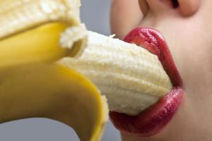 Deepthroat mit Banane üben