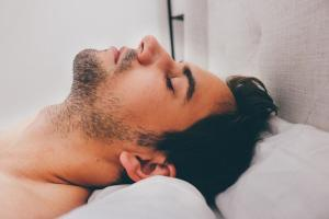 Höhepunkt hinauszögern Lingam Massage