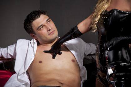 Manche Frauen finden Dominanz erotisch