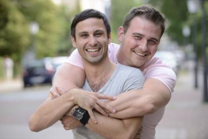 Bild glückliches schwule Paar