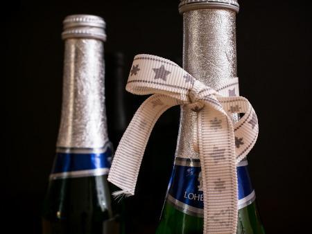 Alkoholflasche als Geschenk
