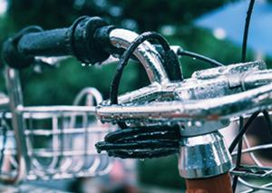 Bild Fahrrad im Regen