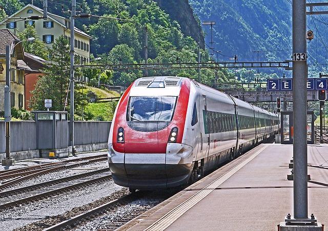 Bild Fahrender Zug