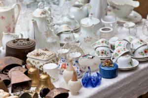 Bild Porzellan auf dem Flohmarkt