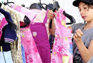 Flohmarkt für Kinderkleidung