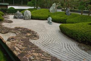 Bild Zen Garten mit Weg