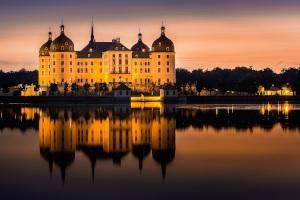 Moritzburger Schloss am Abend
