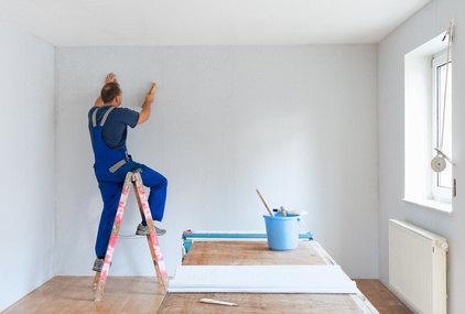 Bild Malerarbeiter auf Leiter