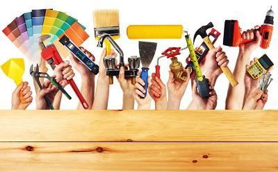 Bild Hände halten Werkzeug