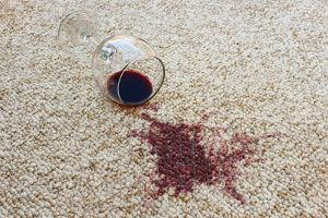 Bild Teppich mit Weinfleck