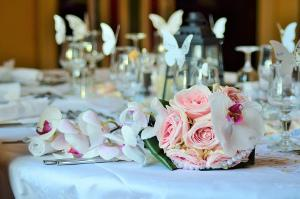 Dekoration Fur Eine Tolle Hochzeit Markt De
