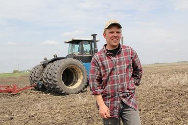 Bild Landwirt auf dem Feld