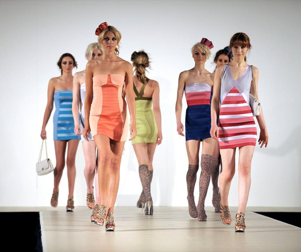 Bild Models auf Laufsteg