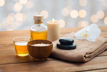 Massageöl und Massagezubehör