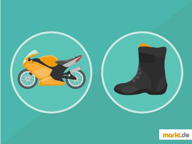 Bild oranges Motorrad und schwarzer Motorradstiefel
