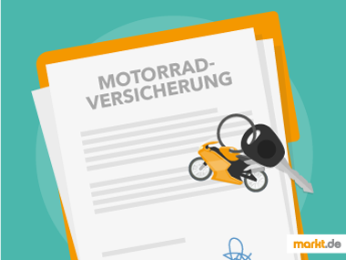 Bild Motorradversicherung mit Schlüssel und Motorradschlüsselanhänger