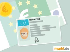 Bild Führerschein mit einem Euroschein im Hintergrund