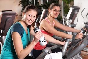 Bild Frauen beim Fitness