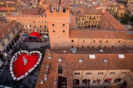 Bild Verona mit Blumenherz