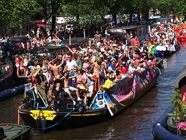 Bild Christopher Street Day Boot Amsterdam
