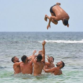 Bild badende Männer