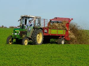 traktor gebraucht kaufen hinweise und tipps im. Black Bedroom Furniture Sets. Home Design Ideas