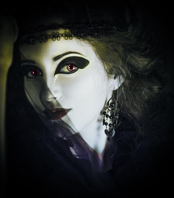 Bild geschminkte Frau