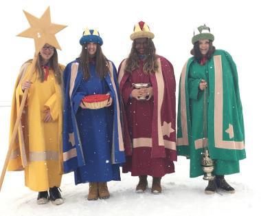 Bild Sternsinger verkleidet als die Heiligen Drei Könige