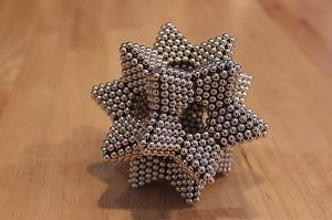 Stern auf Magneten.