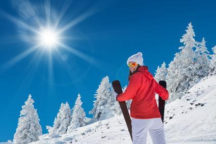 Bild Frau in Skianzug