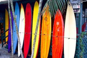 Surfer im Surfanzug
