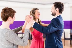 Bild Tanzen lernen beim Tanzlehrer