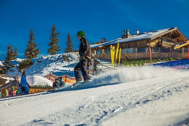 Bild Skifahrer auf Berg