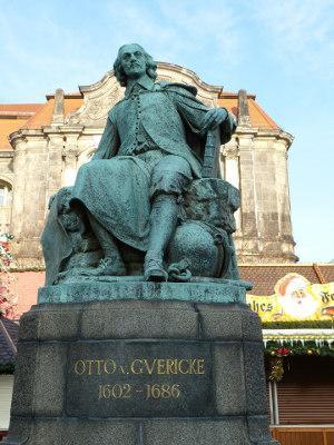 Bild Otto von Guericke Denkmal
