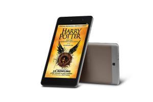 Bild ALDI life eBooks mit MEDION E-Tab vor weißem Hintergrund