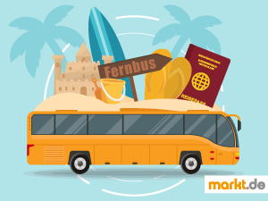 Grafik Fernbus mit Reisepass, Sandburg und Surfbrett
