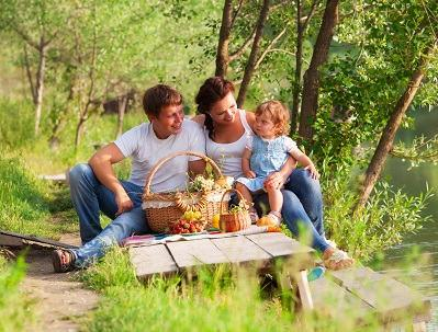 Bild Familie Wandern Picknick