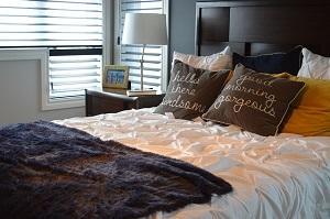 Gemütliches Bett