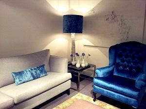 Blaue Möbel