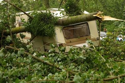 Bild Wohnwagen Naturkatastrophe